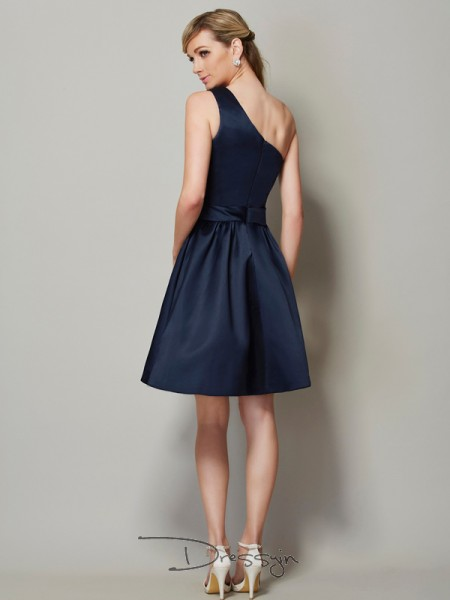 A-Line/Princess Sleeveless One-Shoulder Satin Short Bridesmaid Dress