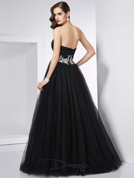 Ball Gown Sleeveless Sweetheart Applique Net Floor-Length Dress