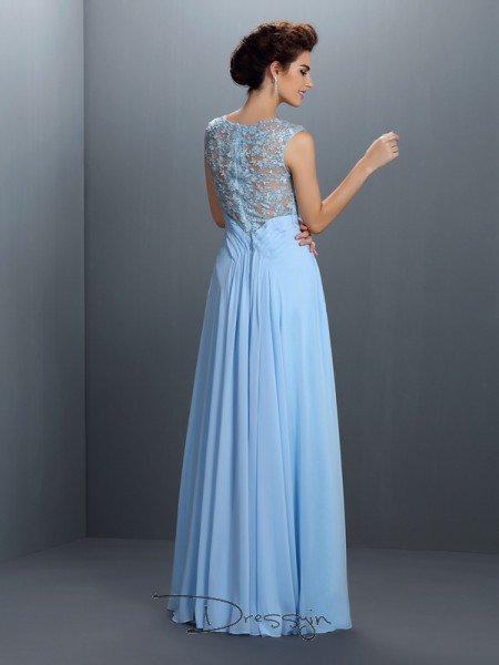 A-Line/Princess Bateau Sleeveless Chiffon Applique Long Dress