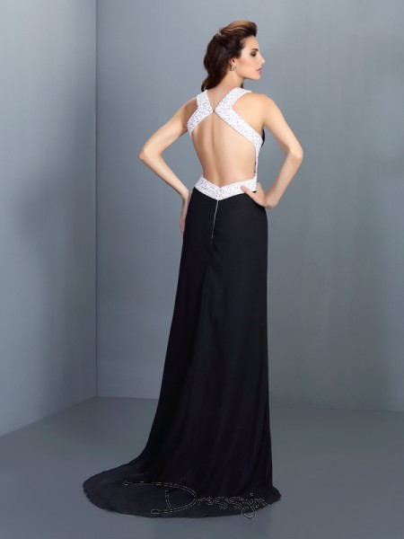 A-Line/Princess High Neck Sleeveless Chiffon Beading Long Dress