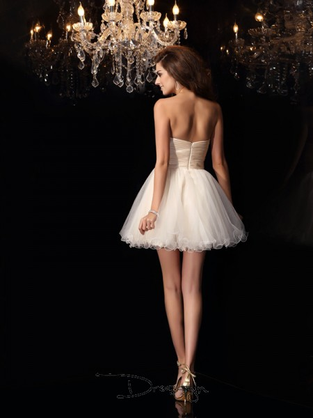 A-Line/Princess Sweetheart Sleeveless Tulle Beading Short Dress