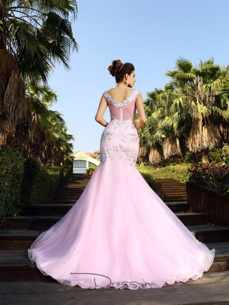 Trumpet/Mermaid V-neck Sleeveless Satin Beading Court Train Dress