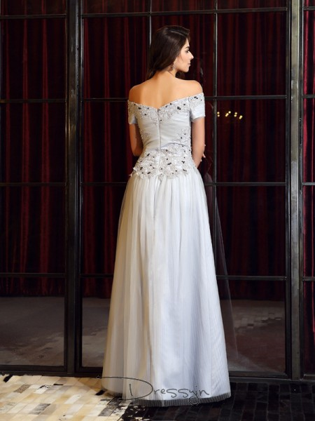 A-Line/Princess Off-the-Shoulder Sleeveless Net Beading Applique Long Dress