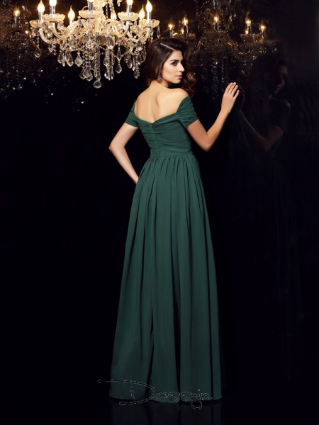 A-Line/Princess Off-the-Shoulder Sleeveless Ruched Chiffon Long Dresses