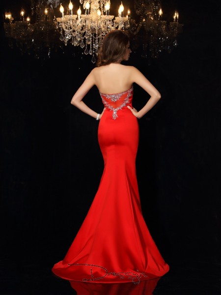 Sheath/Column Sweetheart Sleeveless Beading Satin Court Train Dresses