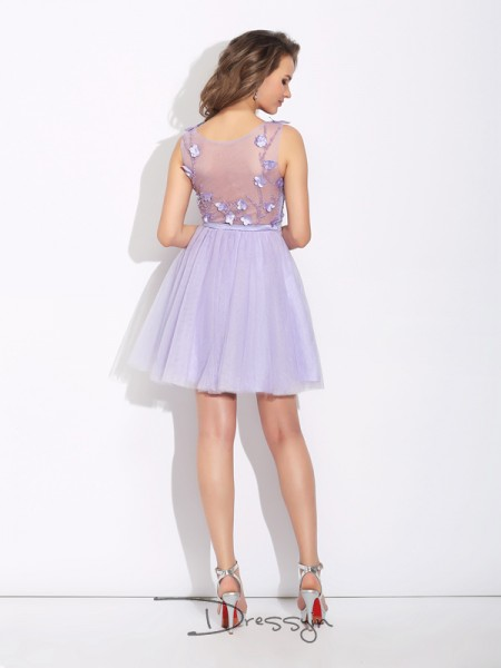 A-Line/Princess Satin Sleeveless Bateau Applique Short Dresses