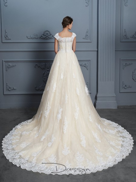 Ball Gown Sweetheart Short Sleeves Beading Lace Court Train wedding dress