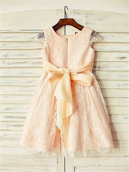A-Line/Princess Tea-Length Sash/Ribbon/Belt Scoop Short Sleeves Lace Flower Girl Dress