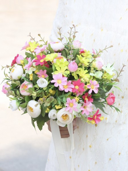 Free-Form Cute Silk Flower Bridal Bouquets