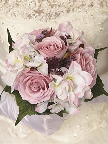 Free-Form Nice Silk Flower Bridal Bouquets