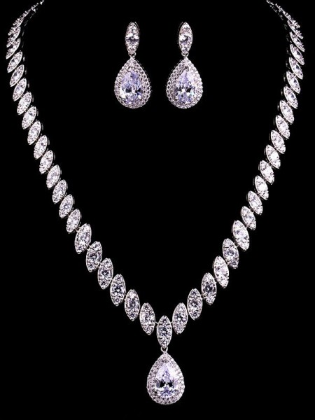 Attractive Copper With Zircon Jewelry Set For Women