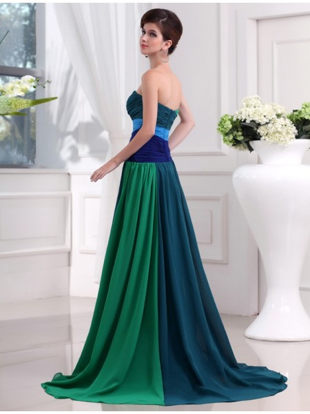 A-Line/Princess Sweetheart Sleeveless Beading Chiffon Long Dress