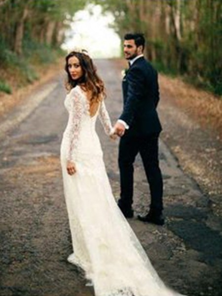 Sheath/Column Long Sleeves Applique V-neck Lace Court Train Wedding Dress