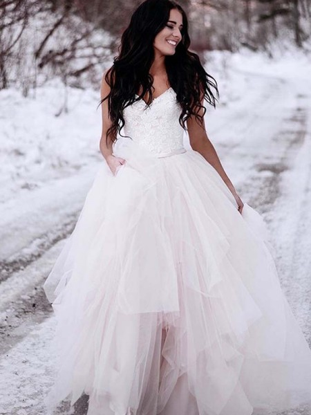 A-Line/Princess Sleeveless Ruched V-neck Tulle Long Wedding Dress