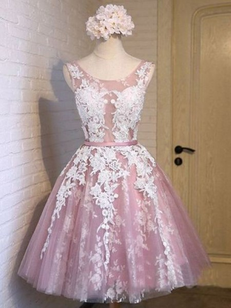 A-Line/Princess Scoop Sleeveless Applique Tulle Short Dresses
