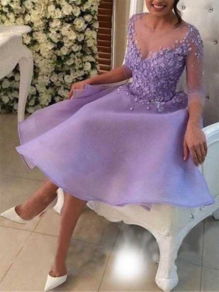 A-Line/Princess V-neck 3/4 Sleeves Applique Organza Knee-Length Dresses
