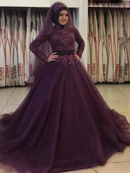 Ball Gown High Neck Long Sleeves Applique Tulle Long Muslim Dresses