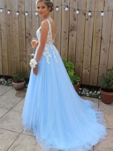 A-Line/Princess V-neck Sleeveless Applique Tulle Long Dresses