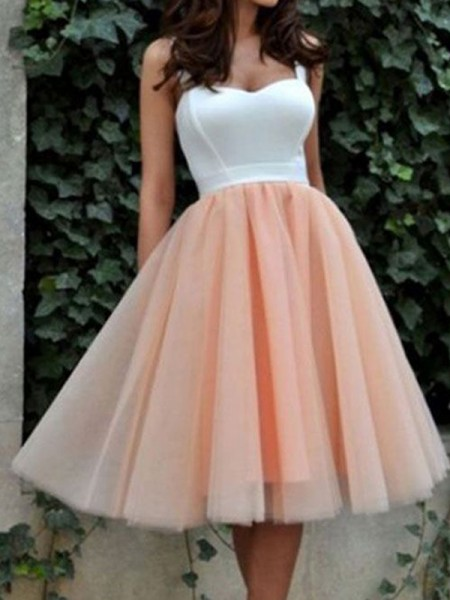 A-Line/Princess Sweetheart Sleeveless Knee-Length Tulle Dress